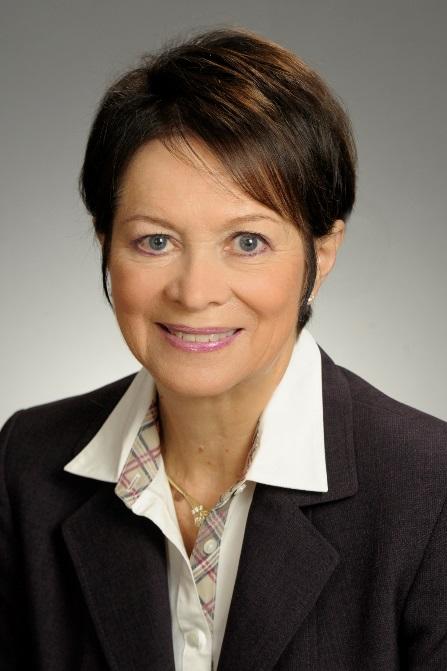 Dr. Lyn Sharratt :